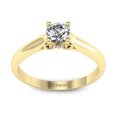Solitaire - Złoty pierścionek z diamentami