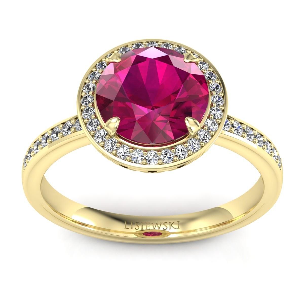 Manhattan - Złoty pierścionek z rubinem i diamentami