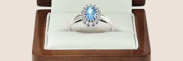 Jak pielęgnować pierścionek zaręczynowy